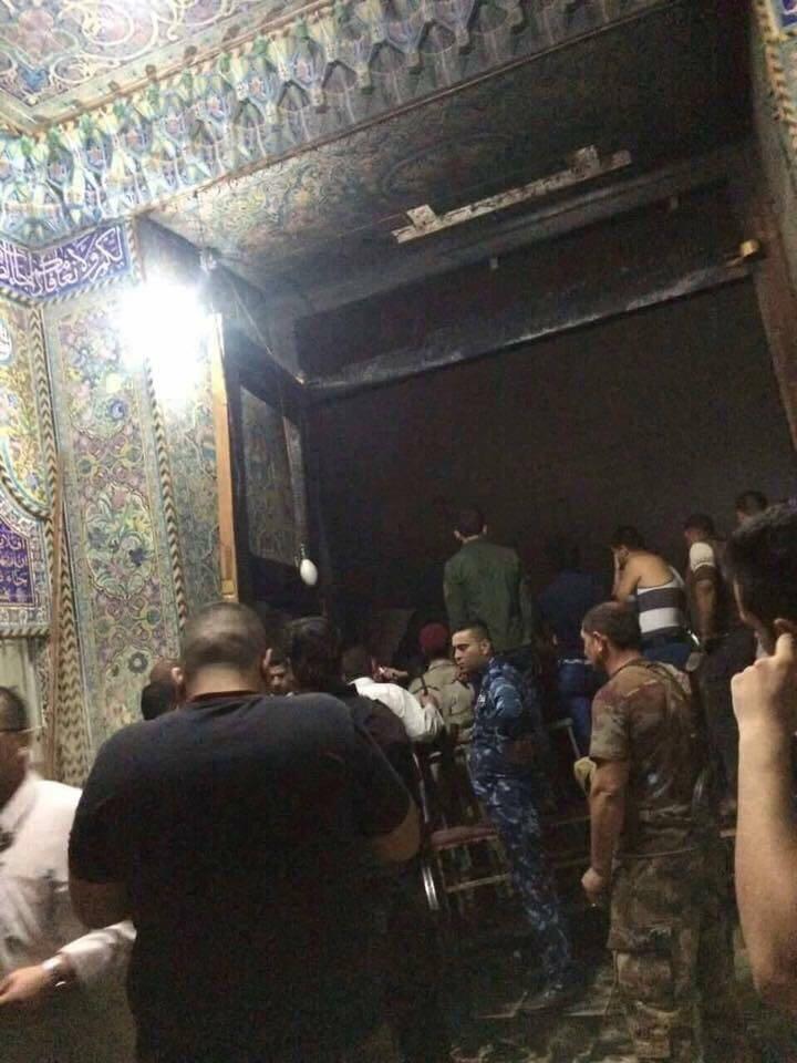 بالصور…البوابة الخارجية التي حدث الانفجار الأول فيها لمرقد سيد محمد سبع الدجيل عليه السلام