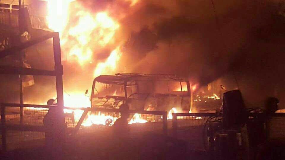 اندلاع النيران بعد انفجار الكرادة