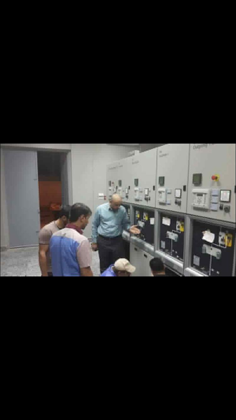 توزيع كهرباء شمال البصرة إنجاز عمل فصل خط متنقلة أبو خمسين عن خط محطة تنومة رقم / ۲ لضمان عدم خروج المتنقلة عن العمل نتيجة زيادة الأحمال عليها