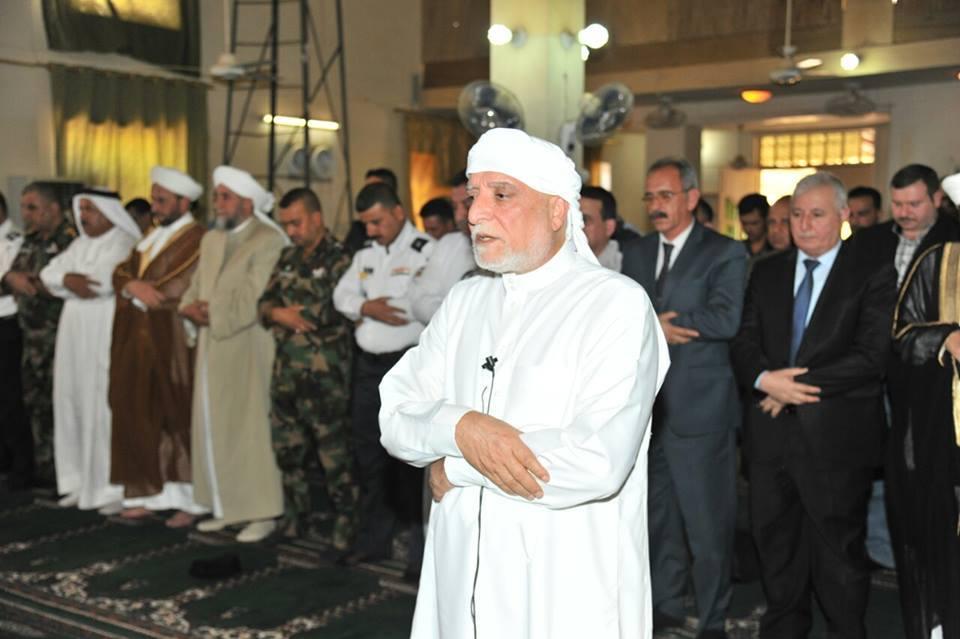 الدكتور الهميم خلال خطبة اﻻحرار من مدينة الفلوجة : وقفت مع النازحين في المخيمات وسوف اقف معهم في مدنهم وبيوتهم .
