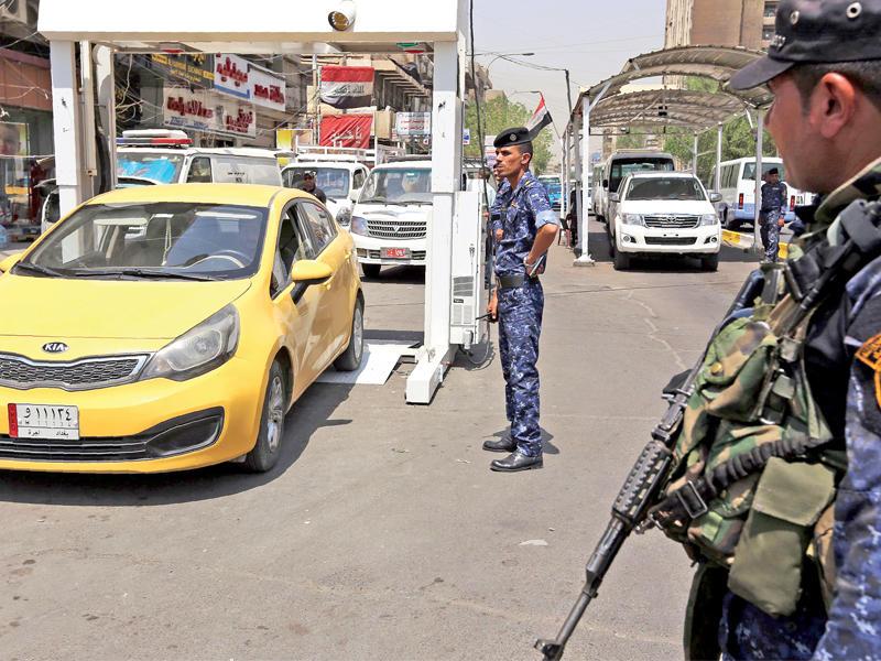 كيف ادخل الشرطي السيارة المفخخة الى منطقة الكرادة؟