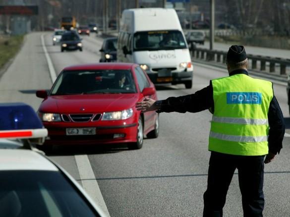 السويد.. تغريم وزيرة لقيادتها سيارة وهي ثملة