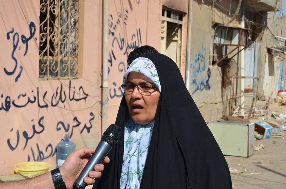 عضوة مجلس محافظة الانبار تشكر الشيخ الهميم على دوره المتميز في اغاثة العوائل النازحة وتنظيف المدن المدمرة
