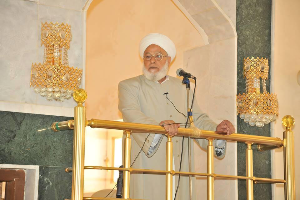 خلال خطبة الجمعة … أئمة وشيوخ جوامع الفلوجة يشكرون الدكتور الهميم لمساعداته للنازحين وإرجاعهم إلى المدينة