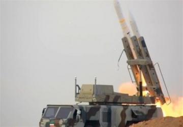 الحرس الثوري يعلن بدأ مناورة عسكرية شمالي ايران مستخدماً انواع الاسلحة وانظمة الرادار