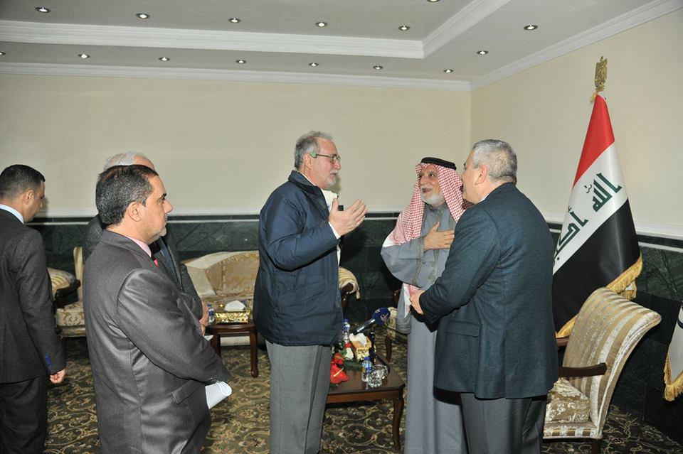 الدكتور الهميم يستقبل خبير المخطوطات الايطالي ويبحث معه التعاون المشترك في مجال الوثائق والمخطوطات