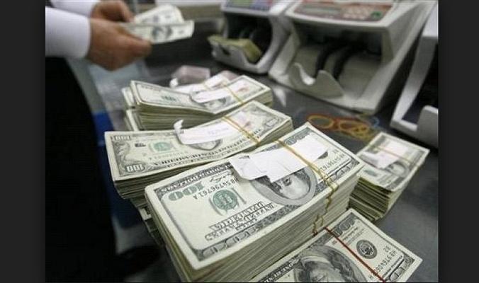 العبادي يحذر من نفاد خزين العراق من العملة الصعبة