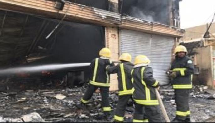 اندلاع حريق داخل مخزن مواد احتياطية و مولدات شرق بغداد