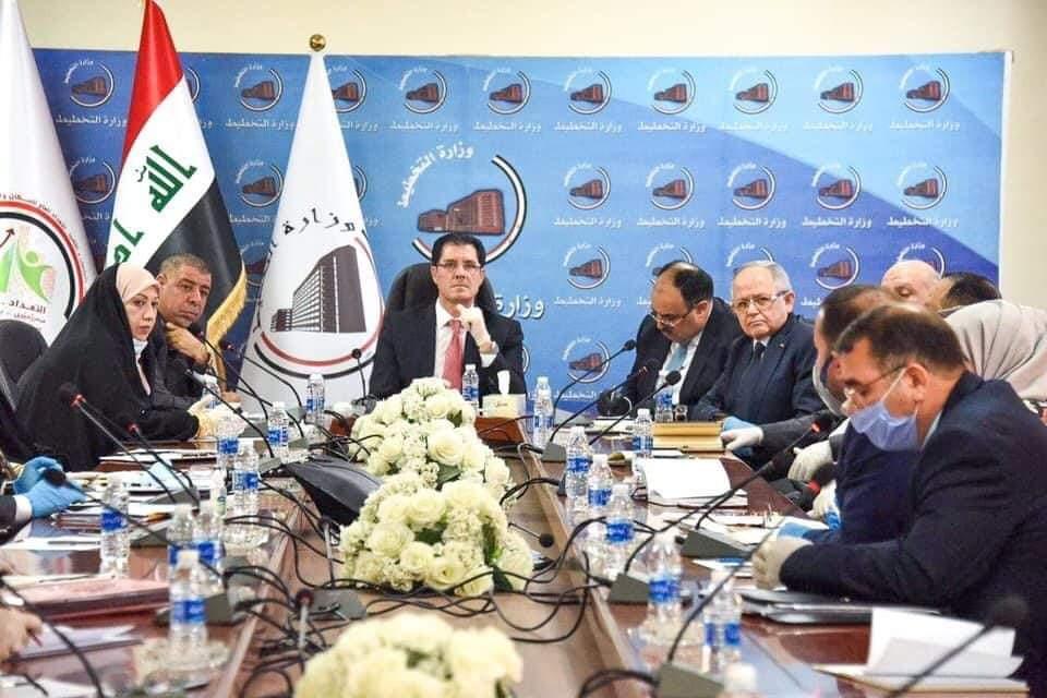• وزارة التخطيط تطلق أول عقد عمل ضمن المشروع الوطني لتشغيل الشباب