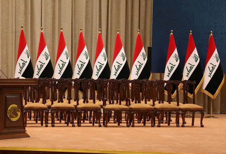 الى كل من يعرف القيادات السياسية التي تقود العراق  بلغوهم ان لم تتشكل حكومة جديدة ….البنك الدولي لن يقرض العراق سنت واحد………!!
