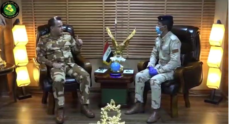 ( مدير إلاستخبارات العسكرية يلتقي المقاتل صاحب شكوى ساحة التحرير  ).