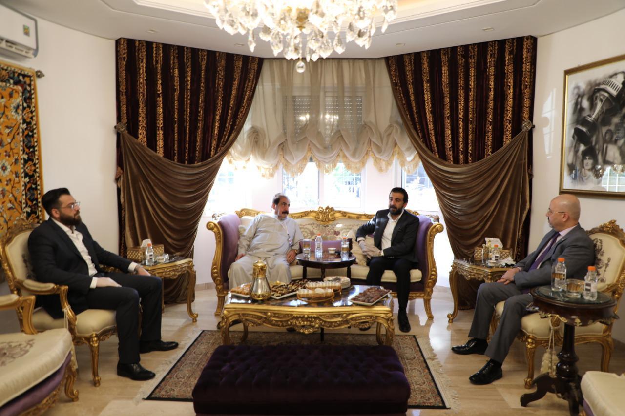 رئيس مجلس النواب يزور أسرة الكابتن الراحل أحمد راضي