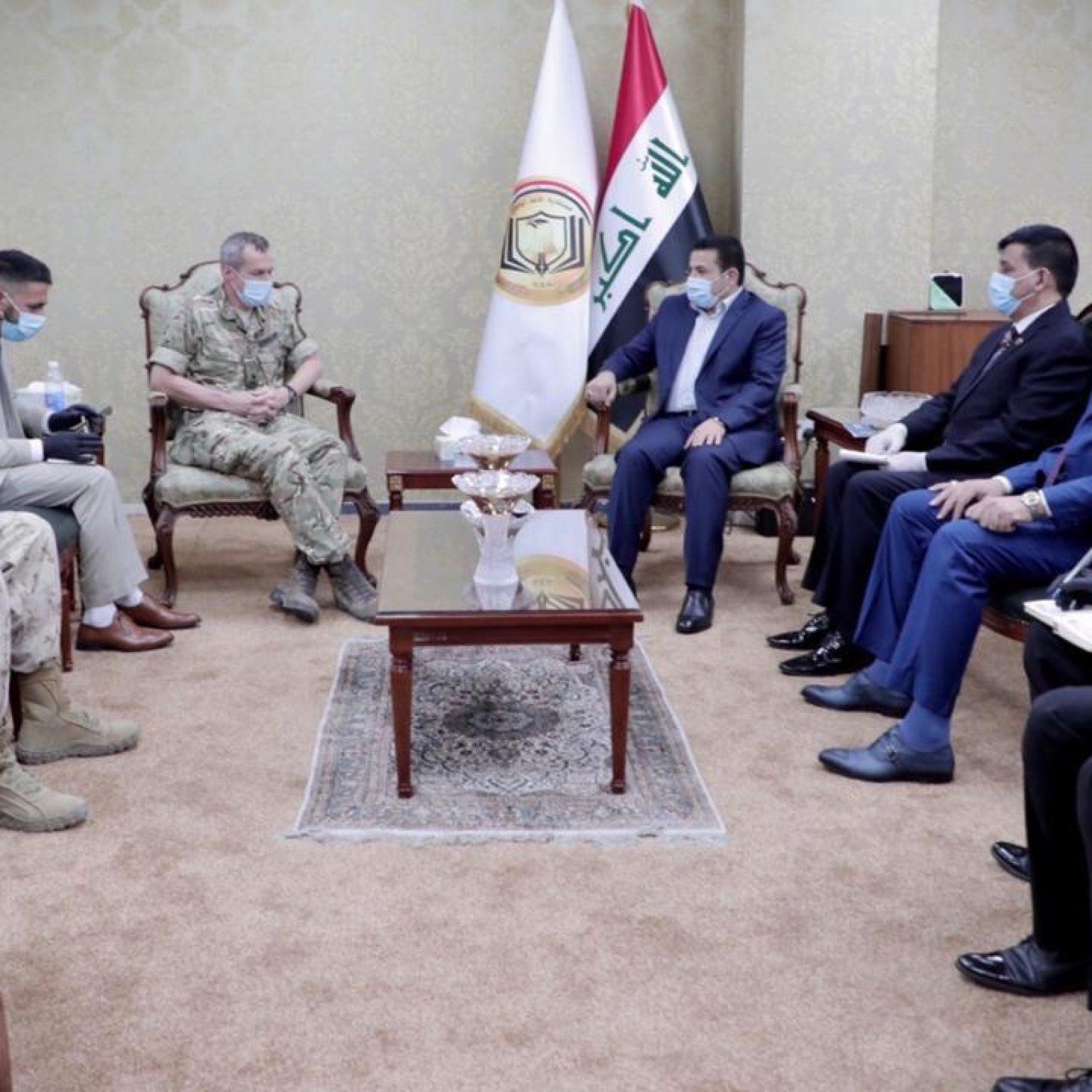 مستشار الامن الوطني قاسم الاعرجي يستقبل نائب قائد قوات التحالف الدولي