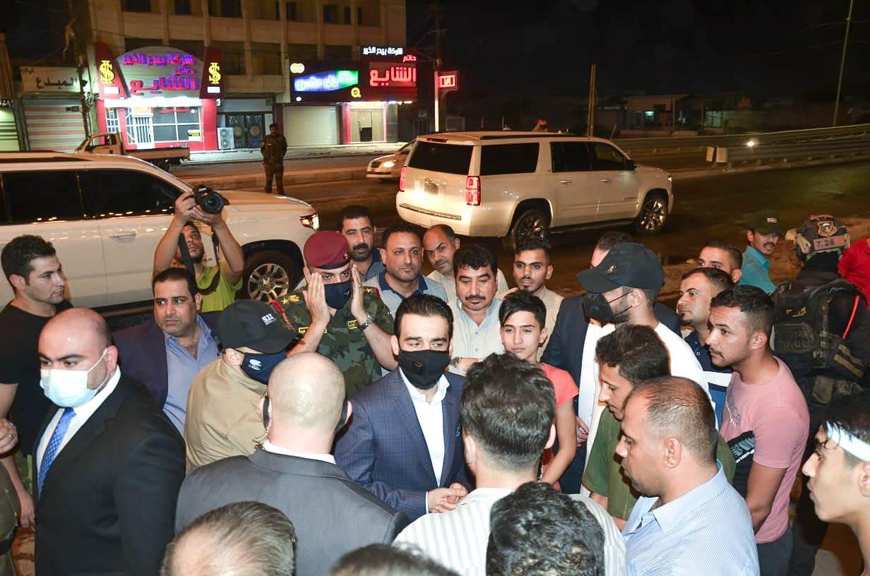 رئيس مجلس النواب المهندس محمد الحلبوسي يُجري جولة ميدانية في مدينة الفلوجة للاطلاع على أحوالها ويلتقي عدداً من المواطنين.