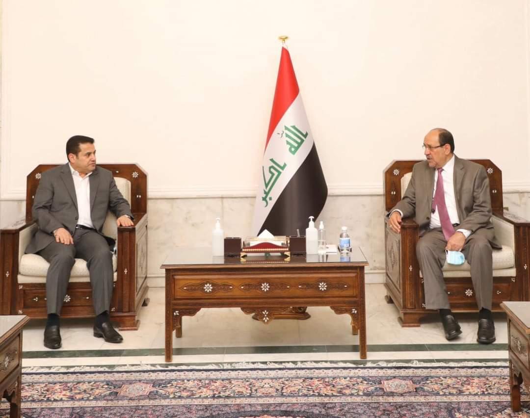 زعيم ائتلاف دولة القانون السيد نوري المالكي يستقبل مستشار الأمن القومي السيد قاسم الأعرجي