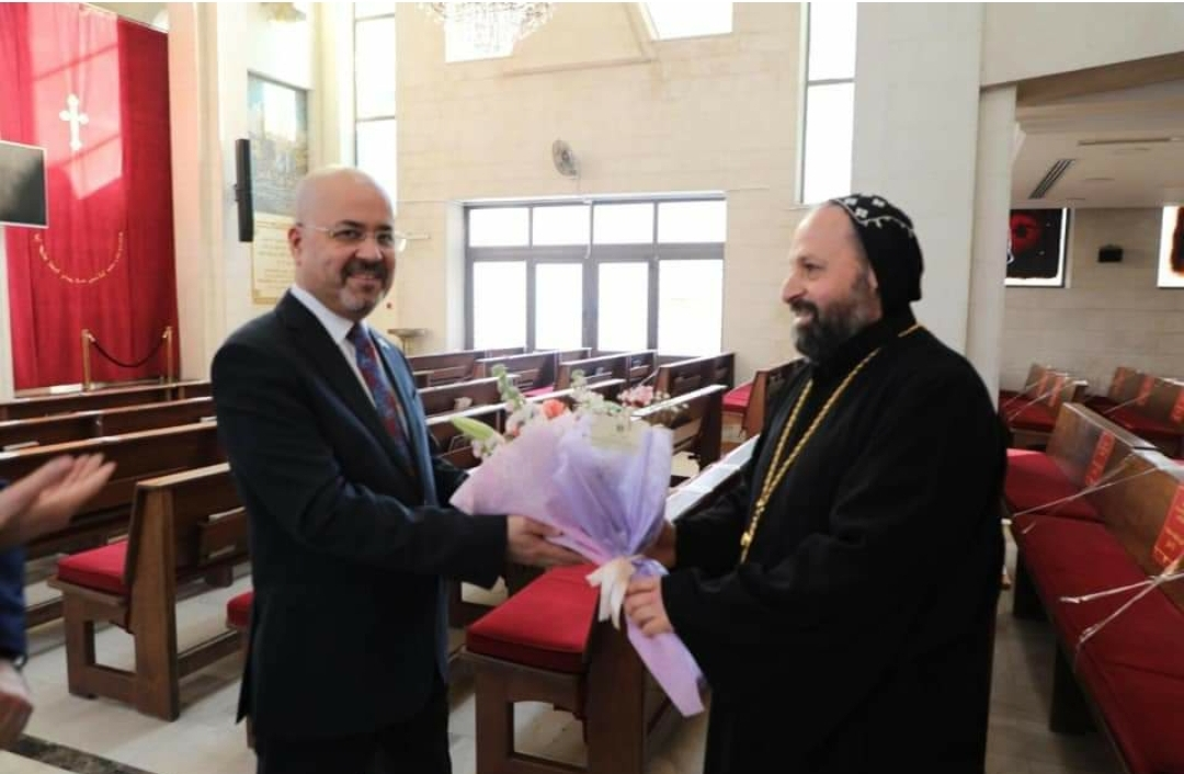 السفير العذاري يزور الكنائس المسيحية لأبناء الجالية العراقية في المملكة الأردنية الهاشمية